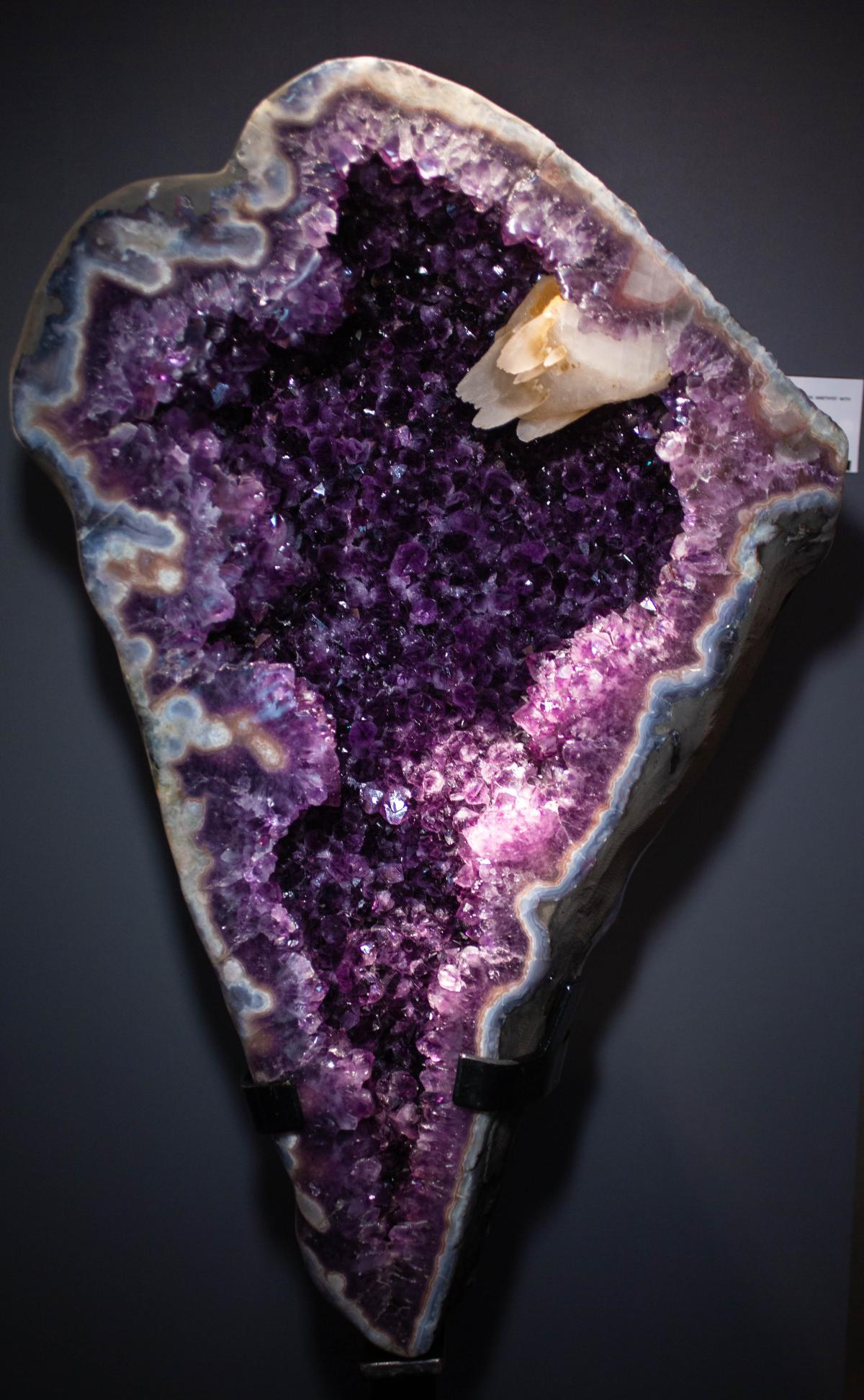 Very large and RARE HALF GEODE amethyst WITH